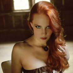 Que olhar em dona Simone?!