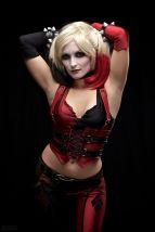 Harley Quinn Cosplay Itty Bitty Geek sexy linda 2
