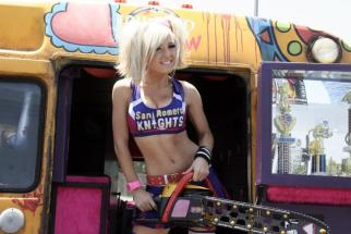 Jessica Nigri Cosplay Lollipop Chainsaw sexy E32012 (1)