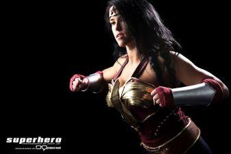 Sarah Scott cosplay wonder woman mulher maravilha 2