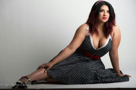 Ivy Doomkitty Pin up