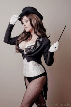 Ani-mia Zatanna Cosplay gata sexy 5