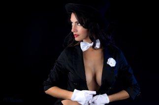 Ivy Cosplay Zatanna sexy tits 2