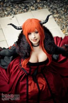Maou cosplay gostosa peitos KANA (1)