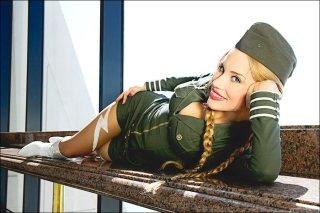 crystal graziano cammy cosplay