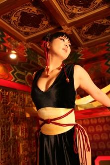 Elin-Kuzunoha Chun li Cosplay gata 4