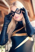 miss marvel cosplay sexy blonde Christina Faye (2)