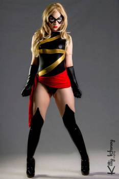 Miss marvel cosplay Kitty Honey