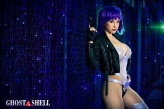 Crystal Graziano Cosplay Motoko Ghost in the Shell SAC