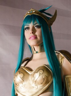 nadyasonika camus cavaleiro dos zodiaco cosplay sexy