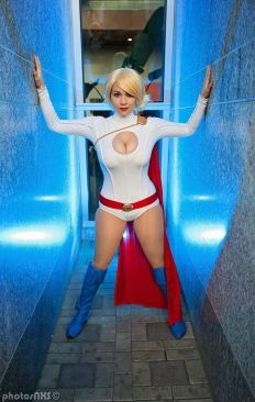 Power Girl cosplay big tits Luri Nahl's (2)