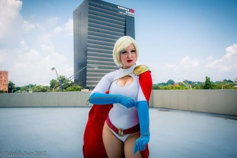 Power Girl cosplay Variable