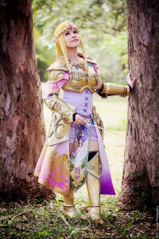 Queen Zelda from Hyrule Warriors Layze Michelle cosplay (4)