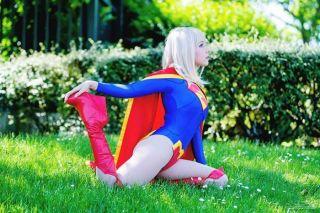 Supergirl cosplay sexy gata Clef's Atelier, La Petite Feuille (14)
