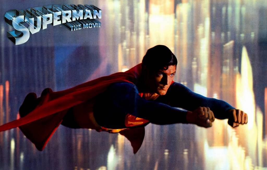 Christopher Reeve voando superman