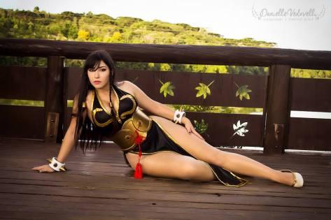 Danielle Vedovelli chun li cosplay gostosa pernas ecchi