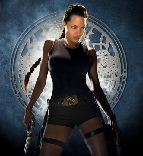 "Angelina Jolie fazendo seu ""autocosplay dela mesma"" de Lara Croft"