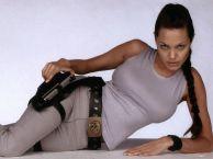 Angelina Jolie lara croft 2