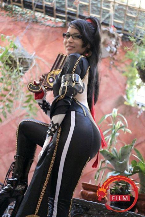 Bayonetta Cosplay Carolina Angulo