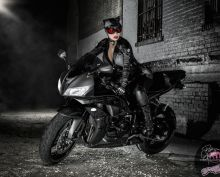 catwoman cosplay yaya han Arkham City mulher gato
