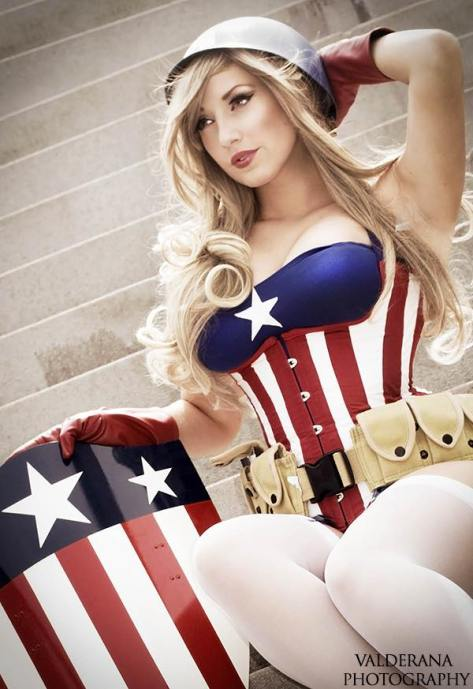 Cosplay Jaycee pin up captain america (capitã america)