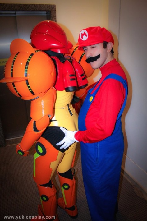 YukiLefay (Brasil) cosplay Samus Aran Power Suit (Metroid) Mario cosplay