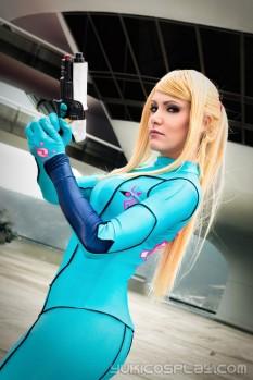 YukiLefay (Brasil) cosplay Samus Aran Zero Suit (Metroid)