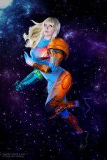 Lara Lunard (Brasil) cosplay Samus Aran (Metroid) power Suit
