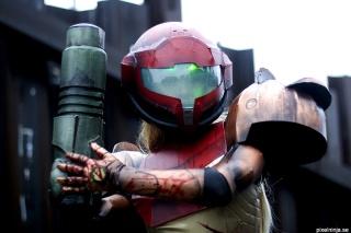 Cosplayer PixelNinja Samus Power Suit (Metroid)