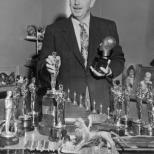walt_disney-multiple_oscars