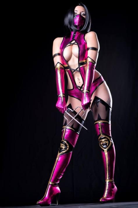 Mileena Cosplay Rosanna Rocha sexy big tits gostosa