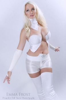 cosplay emma frost sexy Dayna Baby Lou