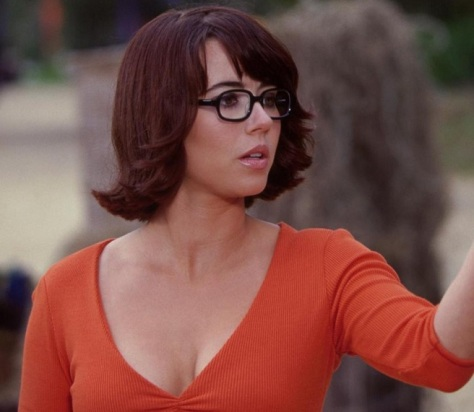 Linda Cardellini velma sexy