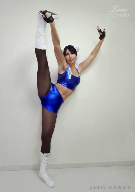 chun li cosplay sexy Luna Gabriella gostosa