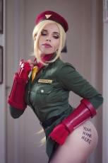 cammy cosplay sexy big butt gostosa Vivian Vee