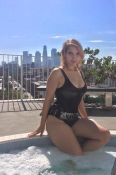 lara lunardi cosplay sexy por ela mesma maio bikini batgirl gostosa
