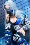 Lara Lunardi sexy cosplay gostosa sub-zero female cosplay version