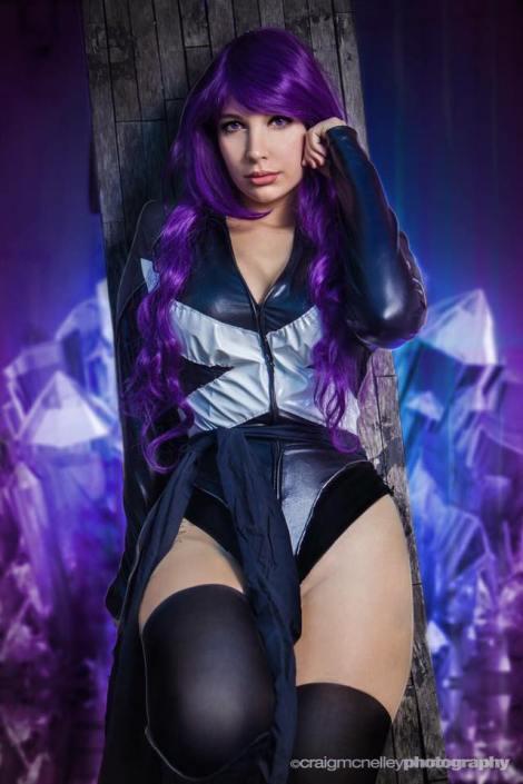 Psylocke cosplay Lara Lunardi cosplay sexy gata