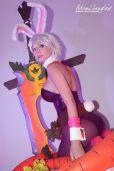 Riven Battle Bunny cosplay sexy Adami Langley gostosa