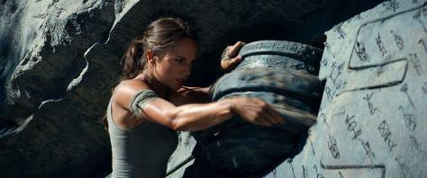 Tomb-Raider-A-Origem-Alicia