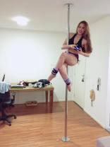 Vivian Vee cosplay por ela mesma sexy gata pole dance